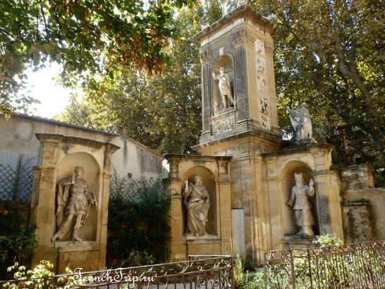 Aix-en-Provence Мавзолей Жана Сека - mausolée Joseph seс