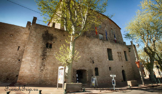 Aix-en-Provence historical routes around Trets chateau