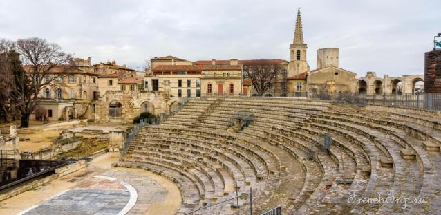 Античный театр Арля (Théâtre Antique)