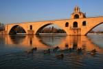 Мост св. Бенезе (Pont Saint-Benezet), или, как его часто называют, мост Авиньона (Pont d'Avignon), достопримечательности Авиньона, путеводитель по Авиньону, Прованс, достопримечательности Прованса, города Прованса, что посмотреть в Провансе, что посмотреть в Авиньоне, папский город, Франция, мосты Франции, памятники Франции, путеводитель по Франции, Авиньон Франция