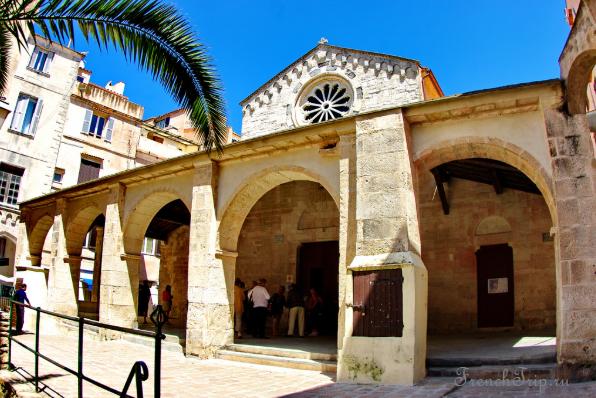 Церковь Святой Марии Бонифачо - достопримечательности Бонифачо