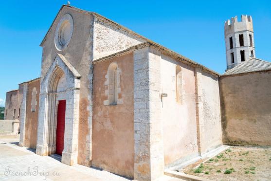 Bonifacio St Dominique church 1