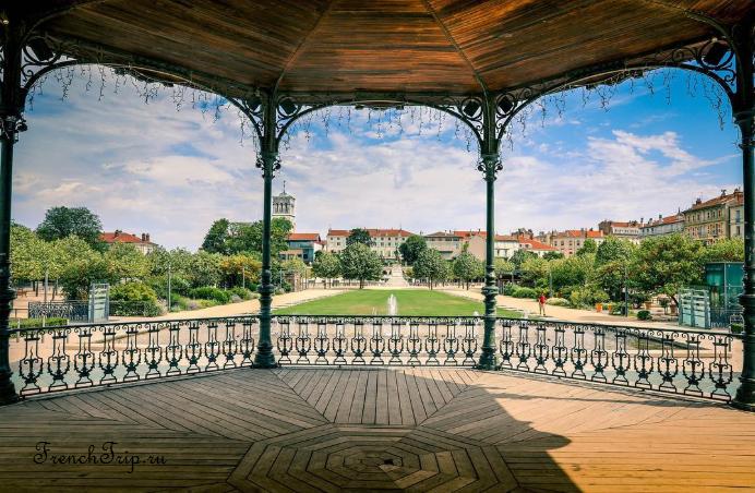 Valence, France travel guide