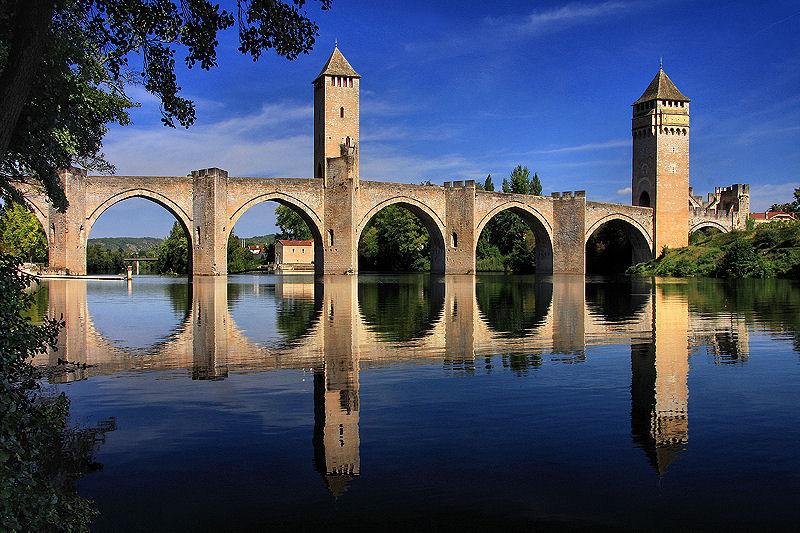 Valentre-Bridge-in-Cahors