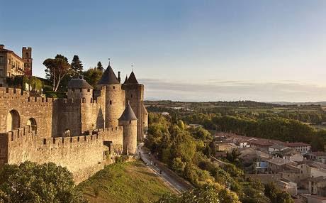 Carcassonne (Каркасон), Франция- достопримечательности, путеводитель по городу? Carcassonne (Каркассон): путеводитель по Каркасону, Каркасон, достопримечательности, карты, туристический маршрут, фото, транспорт, расписание, стоимость билетов, France, Carcassonne sights, carcassonne достопримечательности франция, города Франции, замки Франции, крепости Франции, самые красивые места во Франции, самые красивые города во Франции, как добраться в Каркассон, стоимость билетов в Каркассон, расписание транспорта в Каркассон, туристический маршрут по Каркассону, карта Каркассона, Carcassonne map