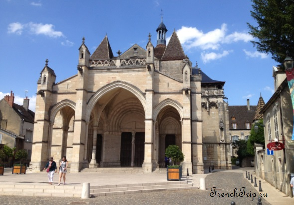 Beaune-Basilique Collégiale Notre Dame - Бон, Бургундия, путеводитель по городу