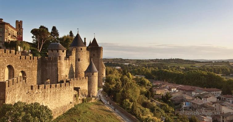 Occitanie, Carcassonne (Каркасон), Франция- достопримечательности, путеводитель по городу