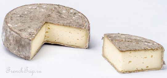Chambery Savoya Cuisine traditional dishes Tome des Bauges cheese