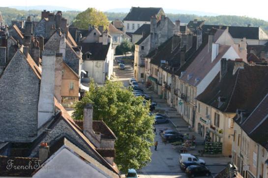 Pesmes (Пем), Франция - путеводитель по городу: достопримечательности, описания, карты, турсистические маршруты, карты, как проехать, билеты, что посмотреть