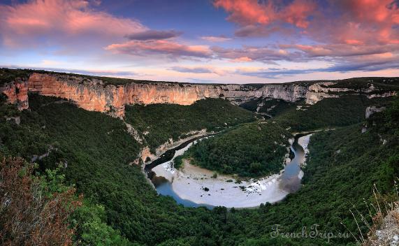 Департамент Ардеш, ущелье Ардеш, Франция - что посмотреть в Ардеше, ушелья Франции, природные достопримечательности Франции