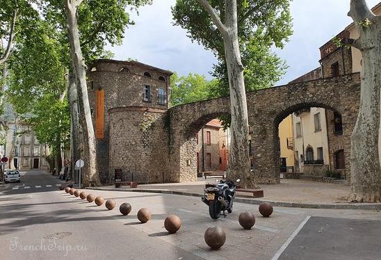 Ceret_Porte Espagne