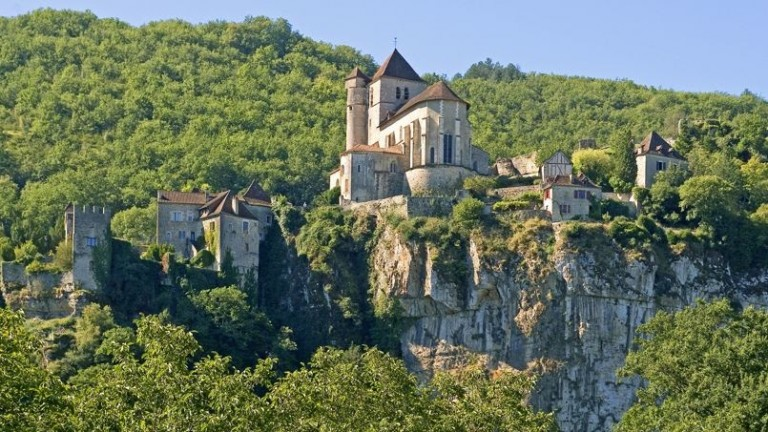 Village of Saint-Cirq-Lapopie, Lot, Midi-Pyrenees, France.