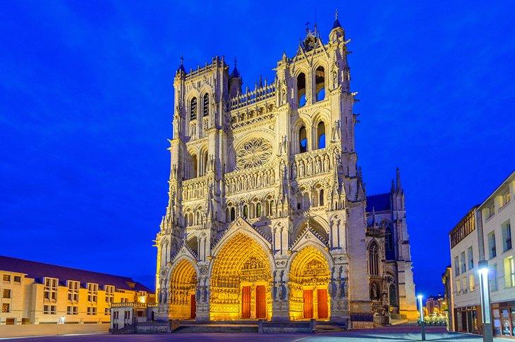 Amiens (Амьен), Франция - путеводитель по городу, достопримечательности, как добраться