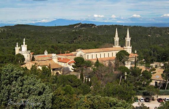 Abbaye de St-Michel de Frigolet (Аббатство Сен-Мишель-де-Фриголе)