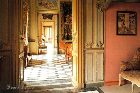 Barbentane chateau interior
