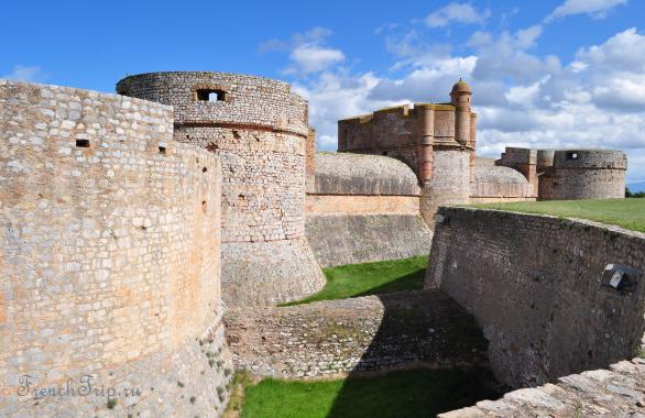 Fort de Salses, Salses-le-Chateau, региона Лангедок-Русильон, Франция-4