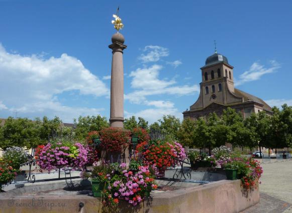 Neuf-Brisach (Нёф-Бризах), Эльзас, цитадель Вобана, ЮНСЕКО, достопримечательности, путеводитель по городу