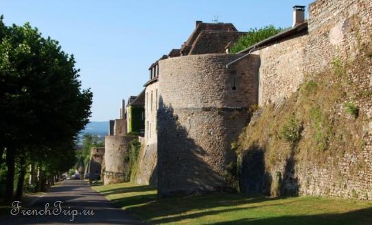 Autun (Отён), Бургундия, Франция - достопримечательности, путеводитель по городу. Что посмотреть, как добраться: транспорт, расписание, туристическая карта Autun, в окрестностях Дижона, в окрестностях Бона, что посмотреть недалеко от Дижона, что посмотреть в окрестностях Дижона, что посмотреть вокруг Дижона, интересные города Бургундии, самые красивые города Бургундии, города Бургундии, города Франции, что посмотреть в Бургундии, путеводитель по Бургундии, путеводитель по Франции, скачать бесплатно, в окрестностях Лиона, достопримечательности Бургундии, собор Отен, Сен Лазар в Отене, собор Сен Лазар Отен, церковь Сен Лазар Отен, Отен Франция, город Отен, церковь Отен, Сен-Лазар в Отене