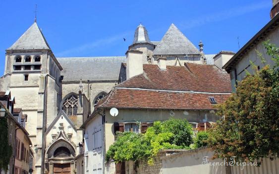 Bar-sur-Seine (Бар-сюр-Сен), Шампань, Франция, окрестности Труа @ FrenchTrip.ru