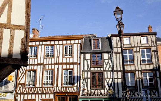 Фотографии Châlons-en-Champagne - фото города Шалон-ан-Шампань - Фотографии Châlons-en-Champagne: фотографии Шампани, достопримечательности города Шалон-ан-Шампань, что посмотреть в Шампани. Путеводитель по Шампани.