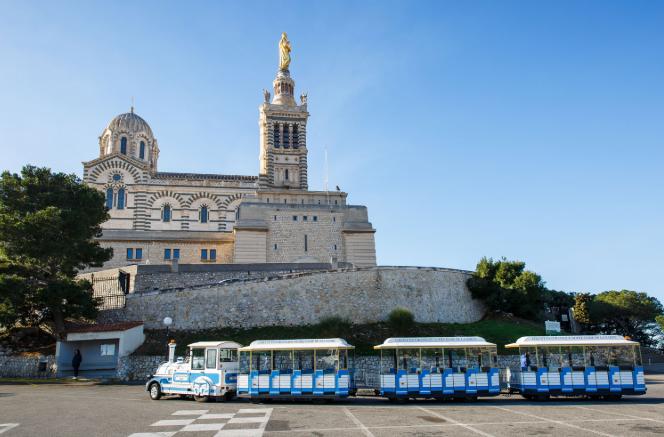 Marseille_excursions_mini-train_Notre-Dame