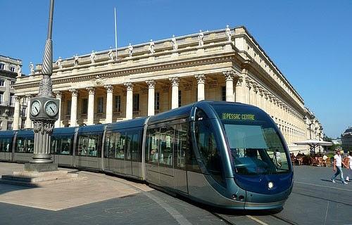 Транспорт Бордо: трамваи и автобусы в Бордо, билеты по Бордо: стоимость и виды билетов, расписание транспорта, схема маршрутов трамваев в Бордо, автобусы Бордо, трамваи Бордо, как купить билет Бордо, где купить билет Бордо, компостировать билет Бордо, схема транспорта Бордо, сколько стоит билет Бордо, как компростировать билет Бордо, схема трамваев Бордо, метро Бордо, из аэропорта Бордо, как добраться в Бордо, как доехать в Бордо, путеводитель Бордо, гид по Бордо, Бордо, Бордо Франция, города Бордо, Аквитания, города Аквитании, Бордо Аквитания, путеводитель по Франции, скачать бесплатно, лучший путеводитель по Франции, гид по Франции, Bordeaux transport, Bordeaux bus, Bordeaux tram, Bordeaux transport map, Bordeaux ticket cost, Bordeaux public tramsport, Bordeaux france, Bordeaux travel guide, Bordeaux transport