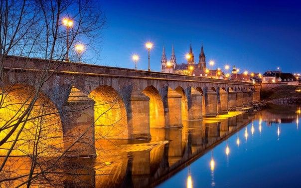 Orléans (Орлеан), Франция - достопримечательности, путеводитель по городу