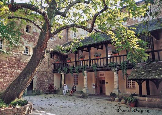 Maison des Vins-Cloître des Récollet - Винный дом - Bergerac (Бержерак) - достопримечательности, путеводитель по городу