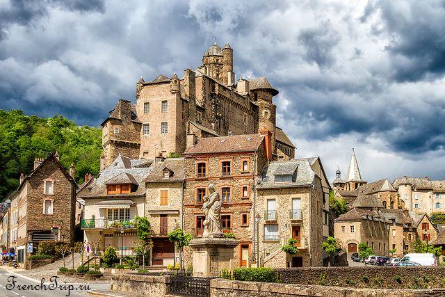 Estaing (Эстен) Estaing, Aveyron, в окрестностях Родеза, самые красивые деревни Франции, достопримечательности Франции, путеводитель по Франции, что посмотреть во Франции