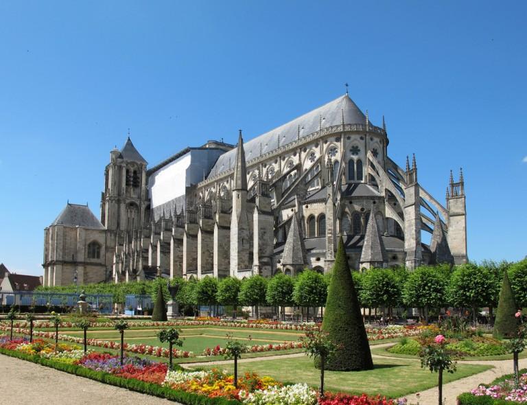 Bourges (Бурж), долина Луары, Франция - достопримечательности, путеводитель по городу