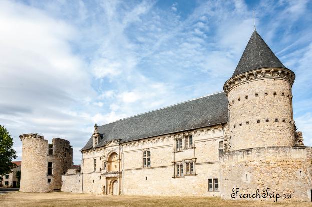Assier (Ассье), Château d'Assier