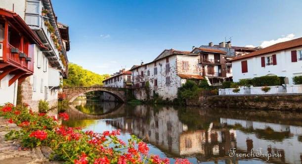 Saint-Jean-Pied-de-Port (Сен-Жан-Пье-де-Пор) - достопримечательности, путеводитель по городу. Самые красивые города и деревни Франции. Паломнический путь Сантьяго де Компостела.
