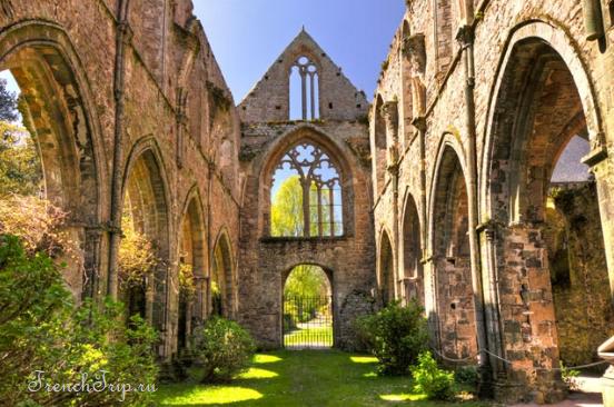 аббатство Бопор - Abbaye de Beauport Paimpol (Пемполь) - прибрежный город в северной Бретани