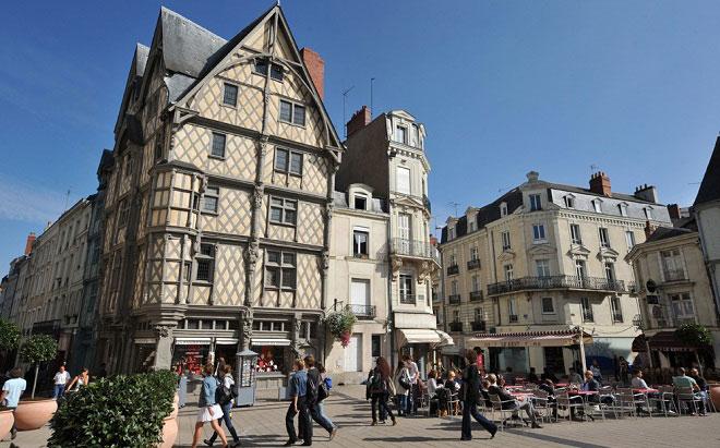 Анже (Angers) - замки Луары, Франция
