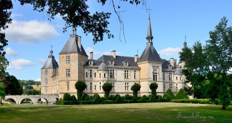 Château de Sully, Burgundy castle_1