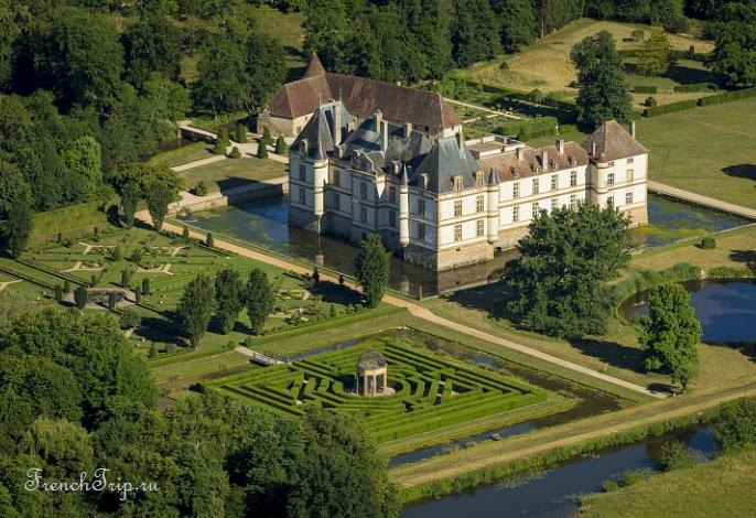 Замок Корматин (château de Cormatin)
