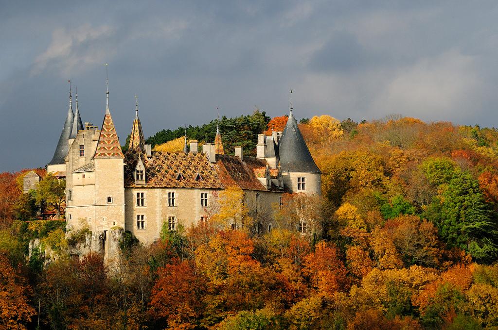 Chateau-de-La-Rochepot Замки Франции: Бургундия