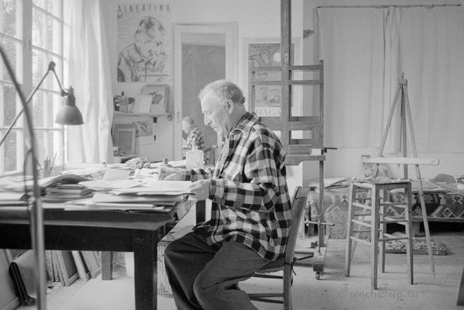 Chagall at his desk St.Paul de Vence 1958