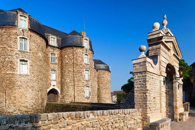 Château de Boulogne-sur-Mer (Замок Булонь-сюр-Мер)