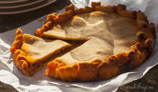 Langedoc Rousillon Cuisine Sete Tielle octopus pie Традиционные блюда Сета
