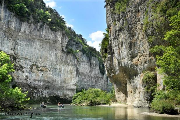 Sainte Enimie_walking tour_map_travel guide_gorges du tarn