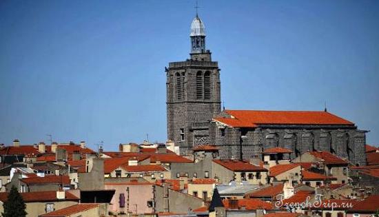 Clermont-Ferrand - Клермон-Ферран - достопримечательности, маршрут по городу, что посмотреть, фото - Монферран маршрут по городу, карта Монферрана - Eglise