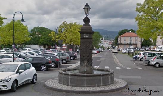 Clermont-Ferrand - Клермон-Ферран - достопримечательности, маршрут по городу, что посмотреть, фото - Монферран маршрут по городу, карта Монферрана - Fontaine des Quatre-Saisons