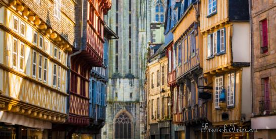 Quimper (Кемпер), Бретань, Франция - достопримечательности, маршрут по городу с картой, путеводитель по городу. Что посмотреть в Кемпере и Бретани, Бретань, Бретань Франция, достопримечательности Бретани, города Бретани, путеводитель по Бретани, Бретань путеводитель, Франция, города Франции, путеводитель по Франции, что посмотреть во Франции, Франция путеводитель, франция путеводитель скачать бесплатно, туристический маршруты с картой скачать бесплатно