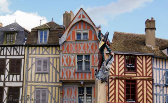 Auxerre (Осер), Бургундия, Франция: как добраться - расписание, цены. Что посмотреть - достопримечательности Осера, карта, фото. Собор Осера. Путеводитель по городу Осер