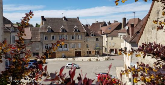 Sellières (Сельер), Франш-Конте, Франция - путеводитель по городу. Как добраться, что посмотреть, достопримечательности и фото. Фирменные блюда Сельера